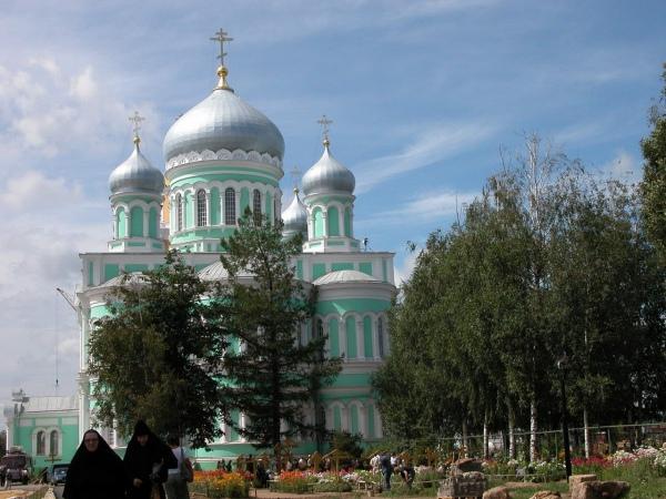 Паломничество в дивеево из москвы автобусом цена